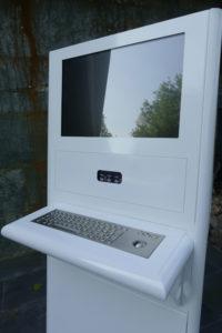 IK900XL rovi Sup 1 200x300 - Funcionamiento de kioscos interactivos en Farmacias