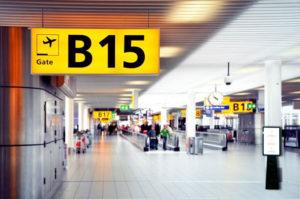 Tótem publicidad en aeropuertos