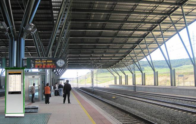 Anden 800x600 660x420 - Tótem publicitario de exterior gama IK600 en estaciones y medios de transporte