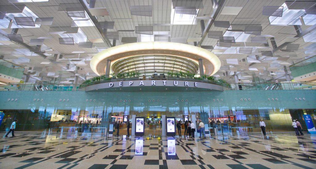 aeropuerto2 1024x546 - Tótem publicidad en aeropuertos